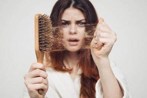 چگونه از ریزش مو جلوگیری کنیم؟