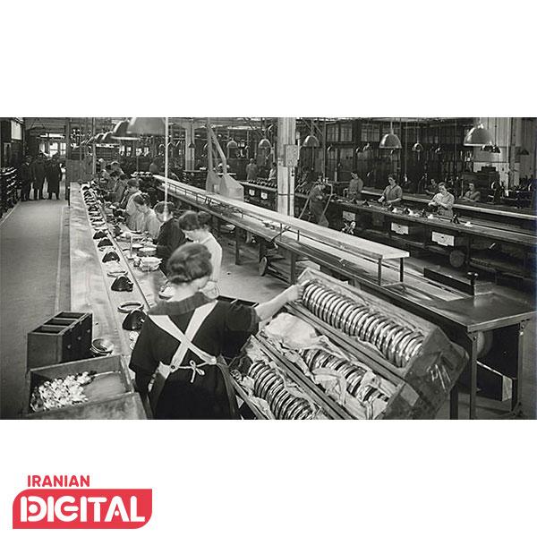خط تولید شرکت بوش با حضور کارگران زن